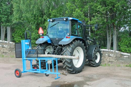 per_wikstrand_vedmaskin_traktordriven