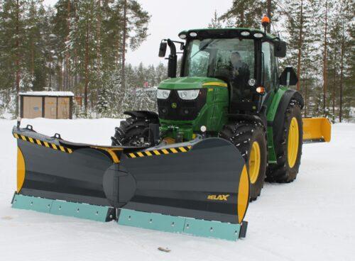 vikplog_relax_for_hjullastare_traktor_for_effektiv_snorojning_pa_john_deere